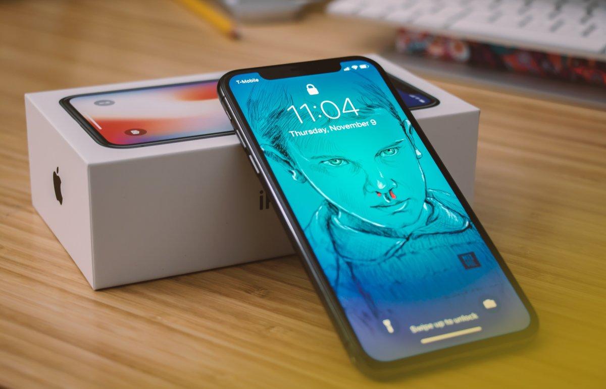 新型iPhoneXsとXRは買いか?iPhoneX所有の私の感想を述べます。