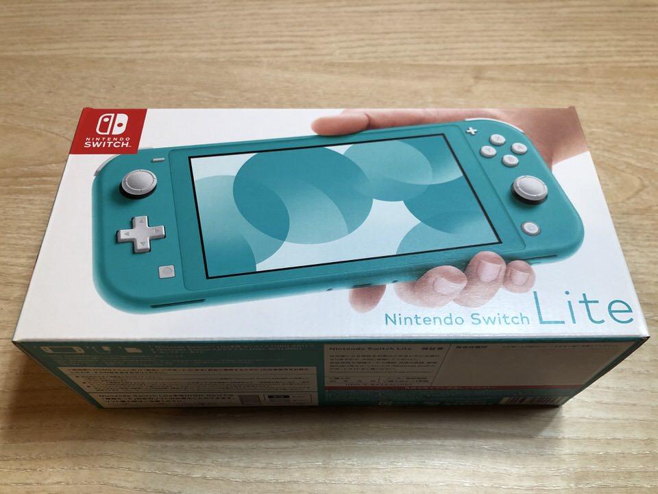 Nintendo SwitchLiteの外箱