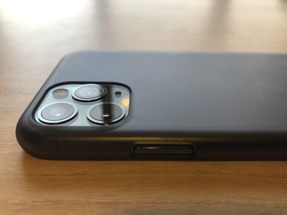 iPhone11Pro専用のパワーサポートケース
