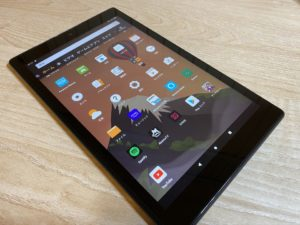 1万円台で激安タブレット「Fire HD 10」のレビューとiPadとの比較