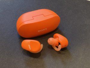 SONYの最新ワイヤレスイヤホン「WF-SP800N」をレビュー。サウンドの感想。