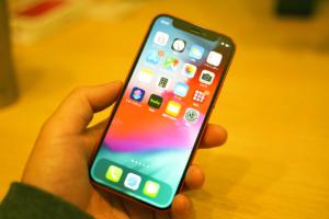 【実機レビュー】iPhone 12 miniはサイズ感が今までで最高